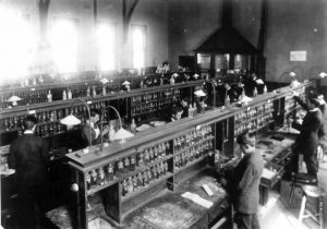 Figure 2. Melbourne Working Men's College Chemistry Laboratory, circa 1914 (courtesy of RMIT Archives).